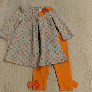 Precious pumpkin set by Gymboree size 6-12 months